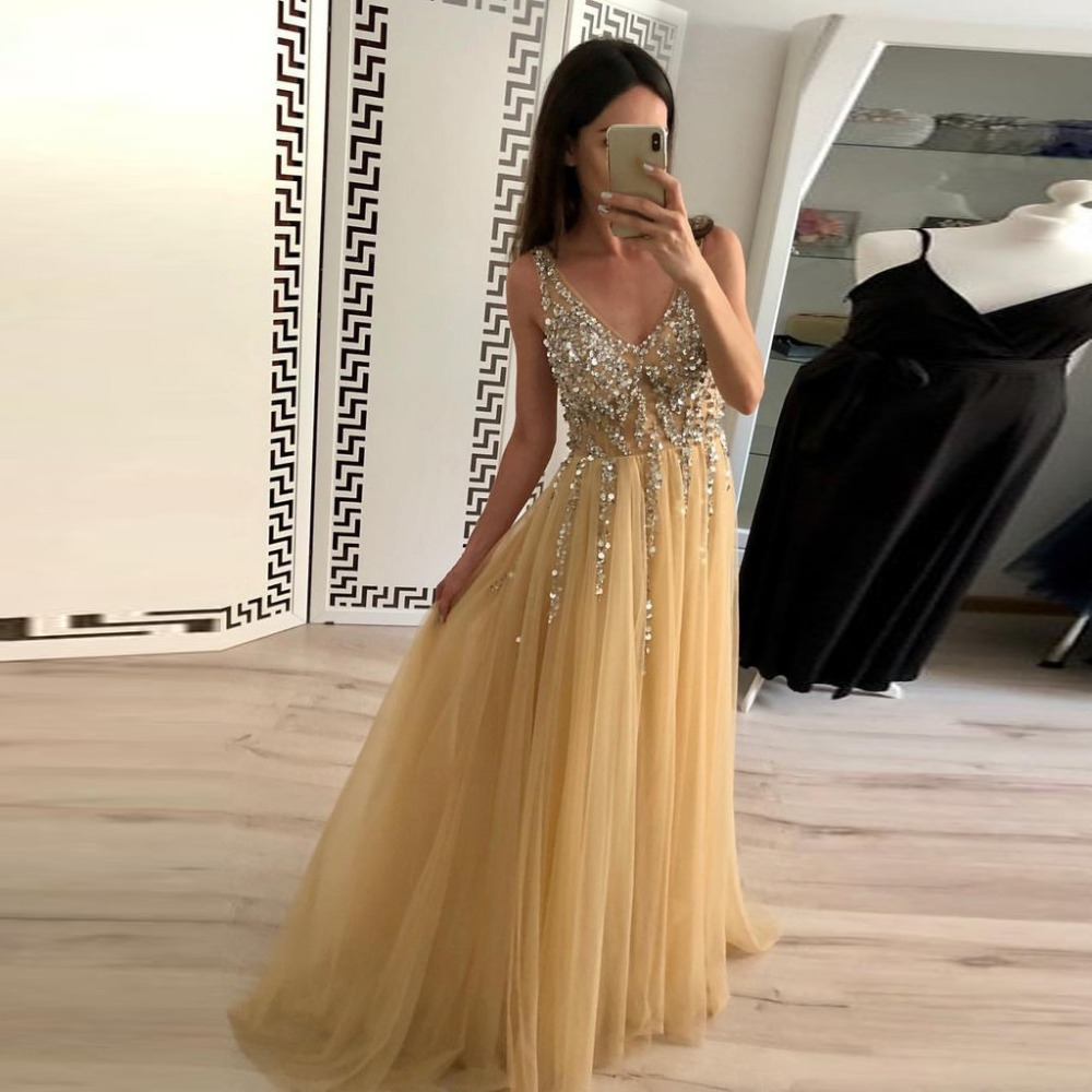 2019 Long   Prom     Dress   A Line Sleeveless Sexy V Neck Formal Party   Dress   Beading Open Back Gold Tulle Formal Gown vestido de festa