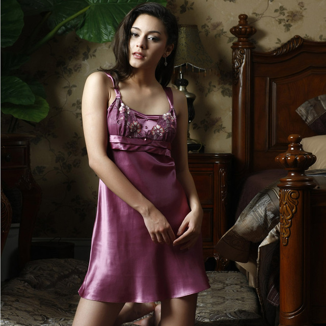 Ansi female spring and summer sexy silk mulberry silk lace spaghetti strap silk nightgown sleepwear lounge 240096