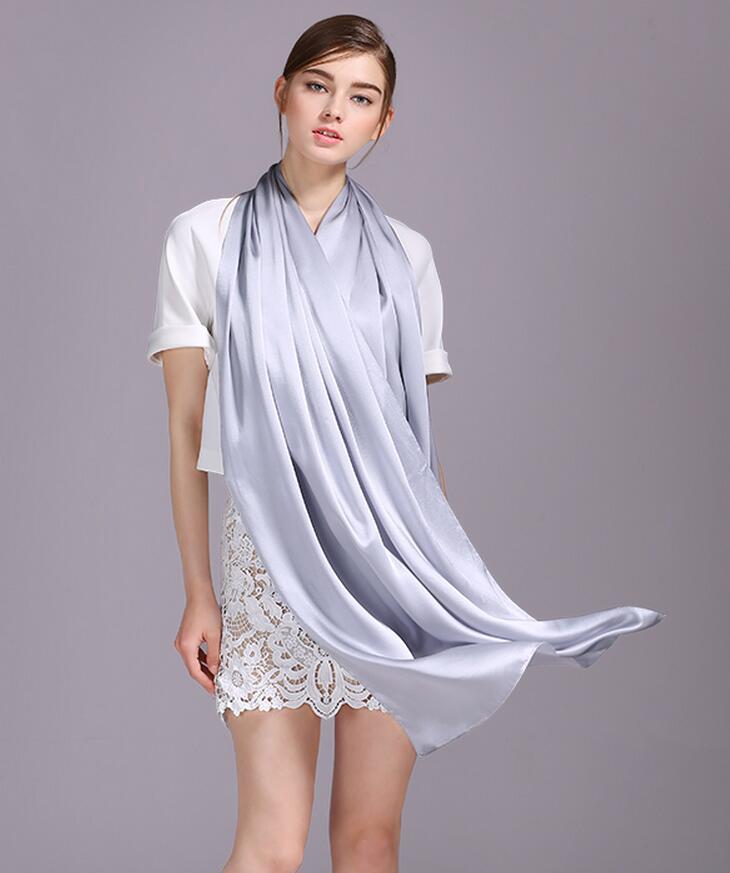 2017 الربيع أزياء الحرير والأوشحة المرأة العلامة التجارية وشاح فضي اللون الصيف شاطئ التستر شالات وشاح طويل الحجاب الأم هدية