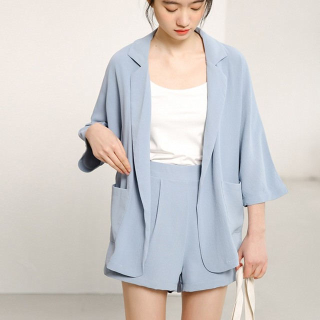 2018 Summer Spring Women Blazer Suits Sets Fashion Solid color suit office lady Half sleeve Jacket and hot shorts Pant 2 pieces