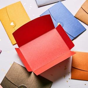 Image 4 - 50 шт./лот конверты из крафт бумаги в форме сердца, Европейский Винтажный бумажный конверт с горячим тиснением для свадебного приглашения