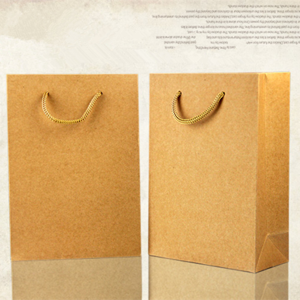 18 24 7cm Kraft Paper Tote Ping Bag Garment Cosmetic Party Gift Ng Bags With Handle Retail Packaging Pouch For Boutique In Wring