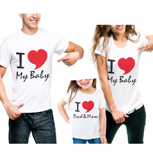 New Family Look Cotton T-Shirt Matching Clothing Mother And Daughter Clothes Father Son Half Sleeve Design I Love Dad Mom Print tuta appena nata i love mom and dad baby siamese calzamaglia collant per neonato t shirt manica lunga da uomo