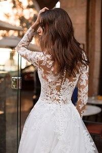 Image 2 - לורי חתונה שמלת 2019 ארוך שרוולי Vestidos דה novia אשליה תחרה Appliqued קו כלה שמלת כפתורים חזרה שמלות כלה