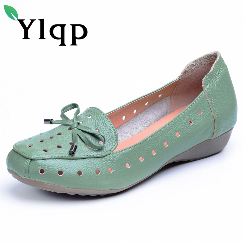 2018 Mother shoes single female Genuine leather soft bottom flat comfort hollow out middle-aged women's shoes leisure shoes spring new mother single shoes female leather soft bottom leisure work shoes comfortable middle aged large size leather shoes