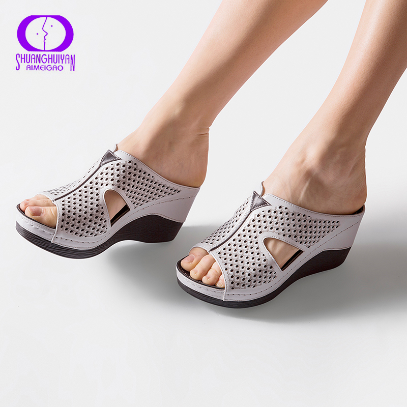 AIMEIGAO Summer Platform Heels Women Slipper Shoes Soft Comfortable Outside Slippers Sandals Thick Bottom Fashion Women Shoes
