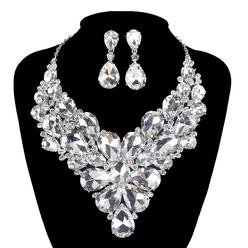 Fashion Indian Jewellery Crystal Necklace Earrings Bridal Jewelry Sets For Brides Party Wedding Costume Accessories DecorationFashion Indian Jewellery Crystal Necklace Earrings Bridal Jewelry Sets For Brides Party Wedding Costume Accessories Decoration
