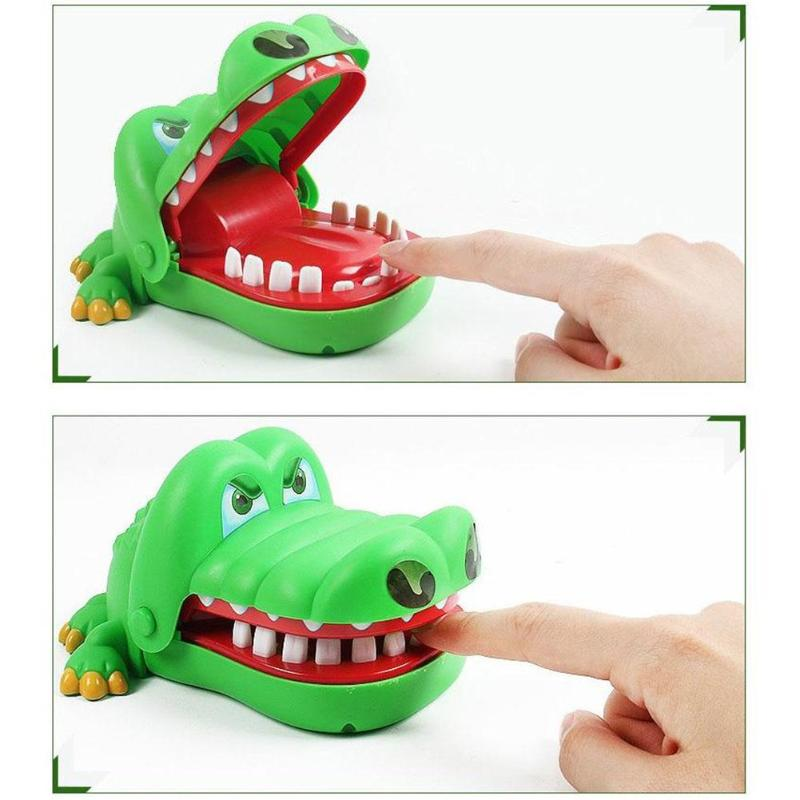 1pcs Children Gags Toy Large Bite Crocodile Toy Funny Party Switching Luck Testing Games Practical Jokes 16cm Kids Birthday Gift