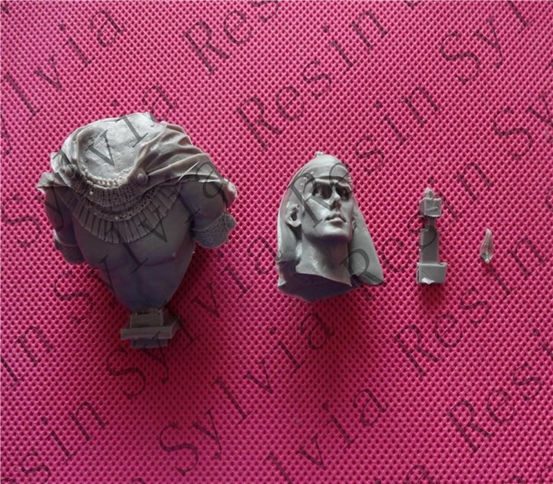 купить pre order-1/10 Ramses II Bust Resin Bust по цене 6731.75 рублей