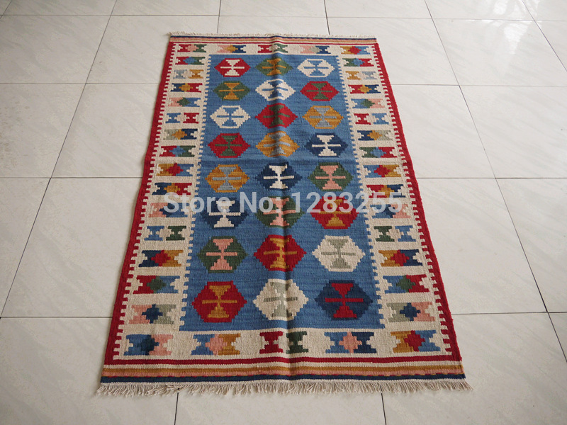 floor rugclassic scandinavian vintage handwoven wool carpets kilim kilim rug in carpet from home. Black Bedroom Furniture Sets. Home Design Ideas