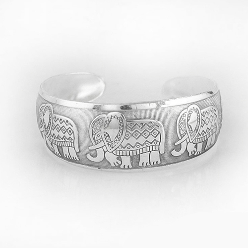 Women Vintage Bohemian Style Elephant Carved Open Jewelry Wide Cuff Bracelet