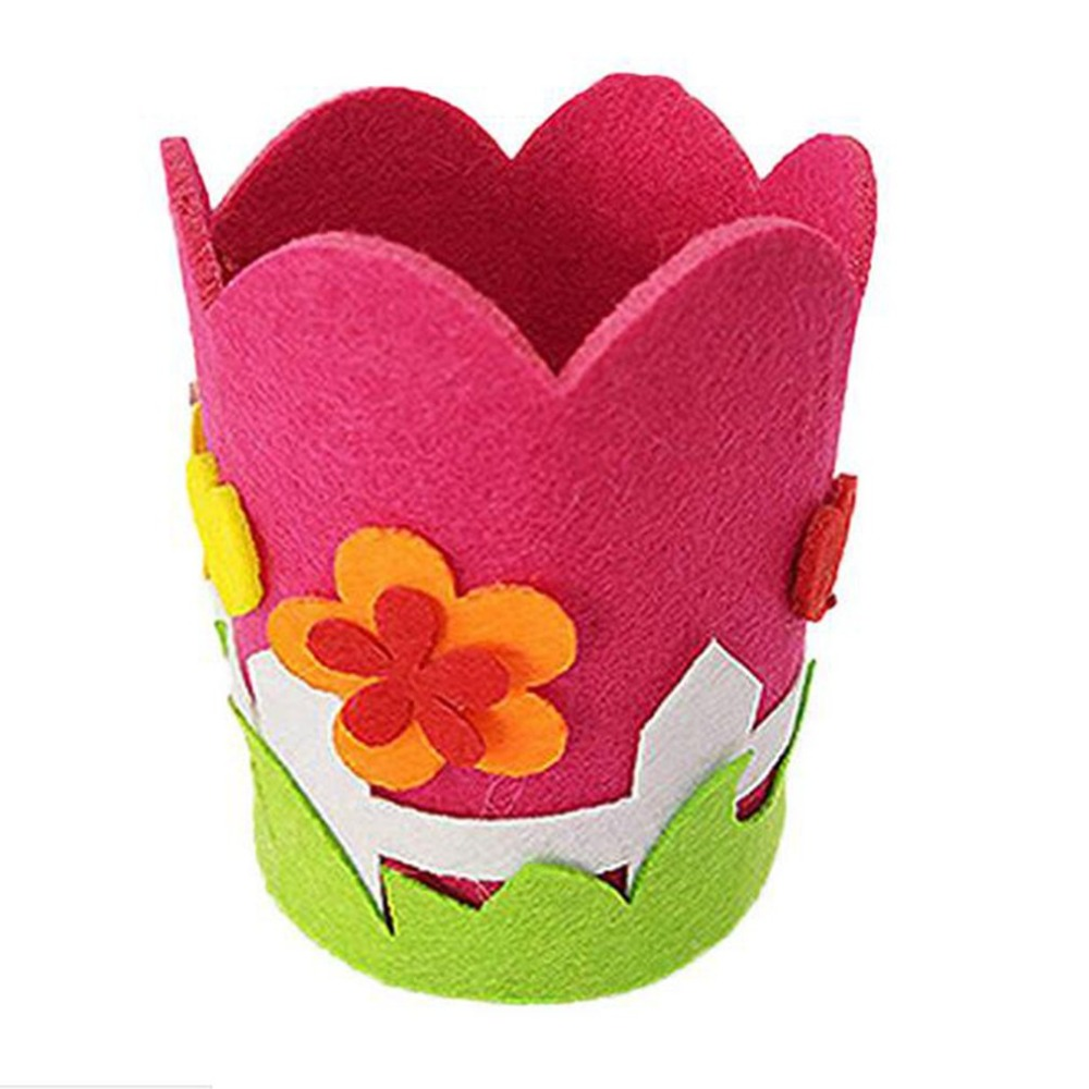 Children:  1PCS Children Creative Nonwoven fabric Pen Holder Christmas Gift Creative Decoration Supplies Kids DIY Handmade Crafts Art Toys - Martin's & Co