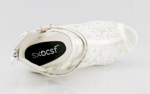 Image 4 - בתוספת גודל 35 42 אופנה סנדלי בוהן ציוץ סקסי נשים פלטפורמת משאבות תחרה רשת עבה גבוהה עקבים נעלי קרסול אתחול קיץ Sandalet