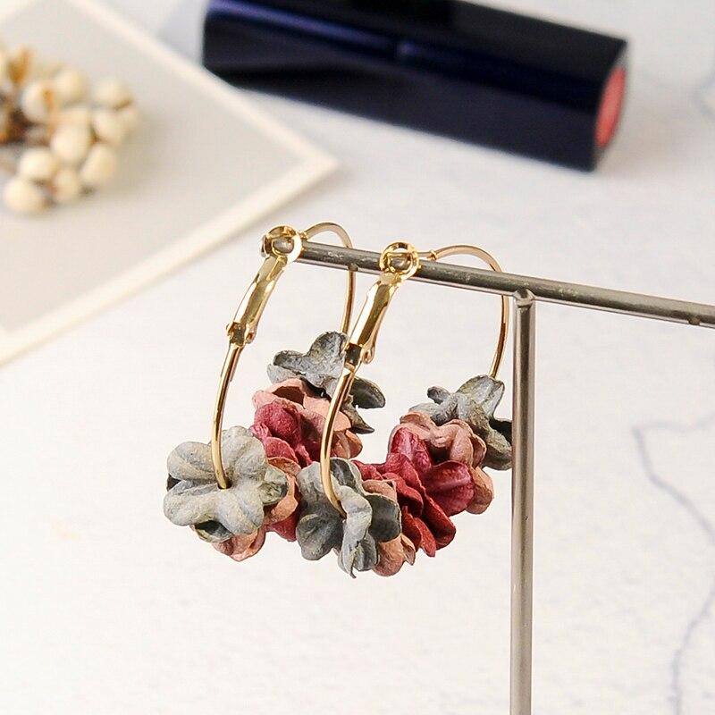Aiffry Korean 2018 Elegant Fabric Flower Stud Earrings Bijoux Sweety Petal Alloy Ear Circle Big Earrings Charm Brinco For Women