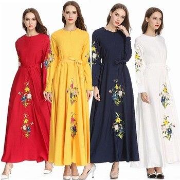 85bdcf58a4 Vestido de los Emiratos Árabes Unidos 2019 Kaftan Abaya Dubai árabe Floral  de las mujeres Hijab musulmán Vestido túnica Musulmane Longue Elbise turco  ropa ...