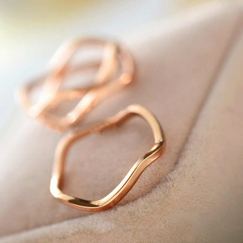 hot fashion 2019 new simple and elegant couple on the ring tail rings pinky joint wholesale jewelry