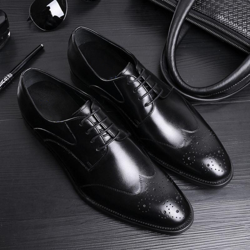 Derby Escritório De Couro Vinho Genuíno Black 2018 Festa Herren Formal Vestem Os Homem Sapatos Luxo Marrom Schuhe Até Se Novo Rendas Preto Heinrich Homens vermelho wSTfZxZ