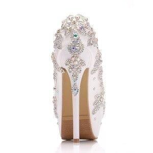 Image 2 - クリスタル女王の結婚式の靴の花嫁のかかとクリスタルパンプス日イブニングパーティー高級 14 センチメートル平方ヒールプラスサイズ白青 ABcolor