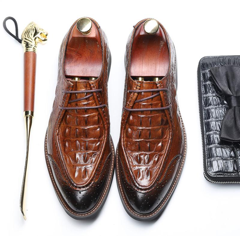 Sapatas Dos Brogue Casamento Designer Ponta Escultura De Vestido Crocodilo Novo Black Negócios Da Sapatos Lazer Padrão Asa Do Homens Festa brown Oxford q8vZZItxw