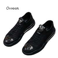 Ovxuan Carved Metal Toe Men Loafers Metal Leopard Head Fashion Party And Banquet Men Dress Shoes