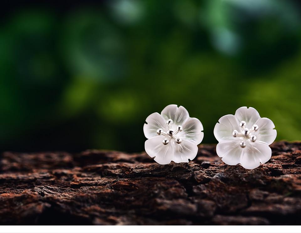 LFJA0036-Flower-in-the-Rain-Stud-Earrings_09