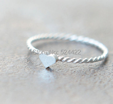 Min 1pc Cute Tiny Heart Ring with Twist Ringband in Multicolor/silver/rose-gold JZ088