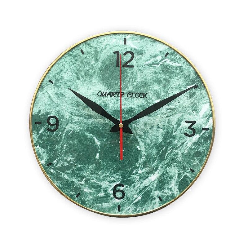 Personnalité nordique créative simple moderne mode salon horloge chambre pierre imitation marbre horloge murale horloge bois