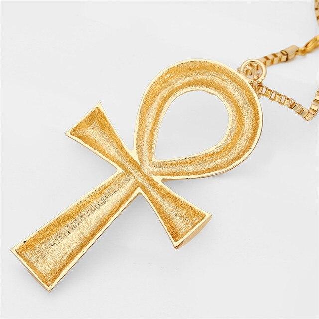 египетский анкх ожерелье с крестом ювелирные изделия золотистого фотография