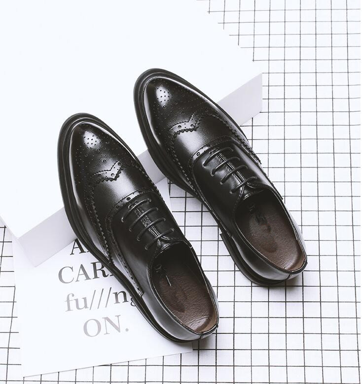 New 2018 Luxury Leather Brogue carved Mens Flats Shoes Pointed Toe PU Leather Dress Shoes for men big size 46 47New 2018 Luxury Leather Brogue carved Mens Flats Shoes Pointed Toe PU Leather Dress Shoes for men big size 46 47