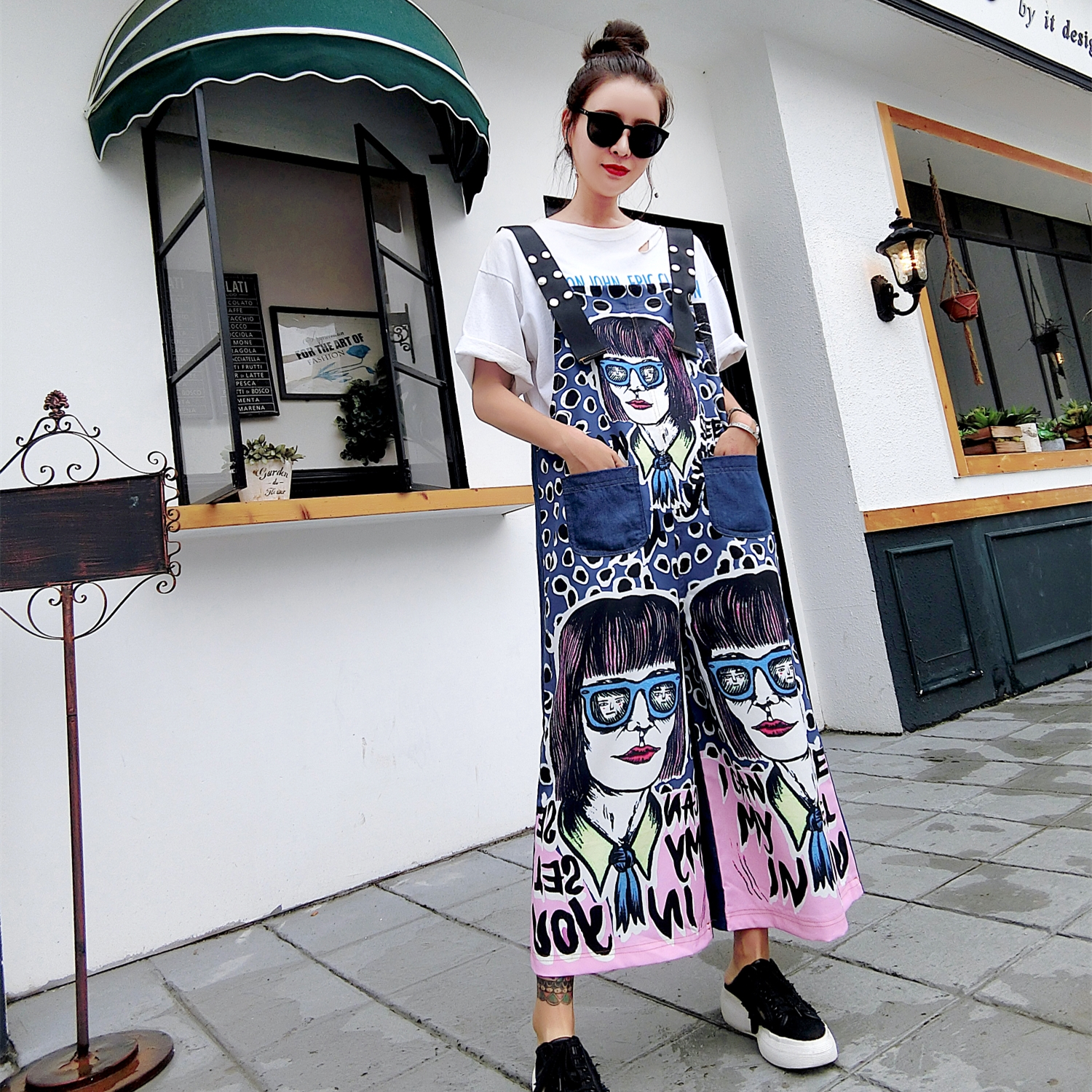 Street fashion brand 2018 summer new fashion street hip-hop loose large size bib ladies  ...