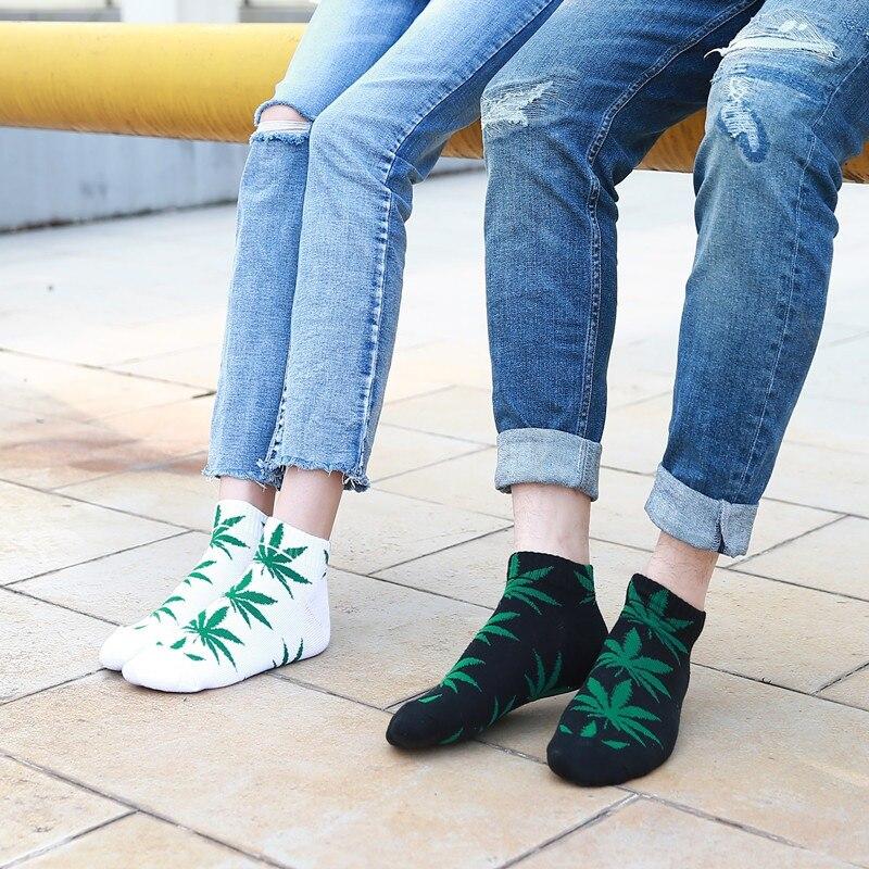 2019 New Female Cotton Leaves Print Skateboard Street Fashion Maple Socks Hip Hop Style Women Short Socks