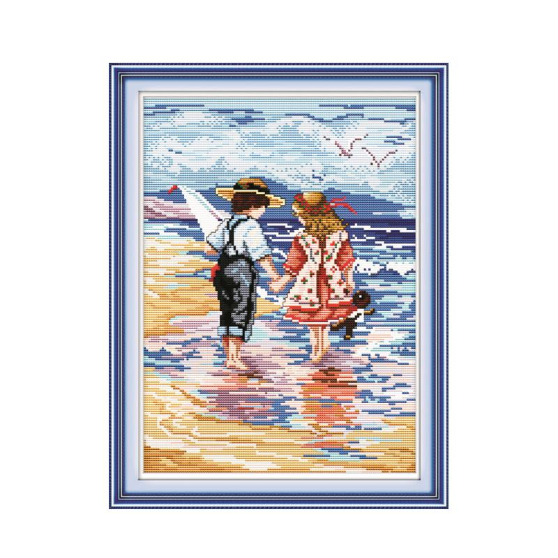 Seaside Play Happy Childhood Handwork Needlework Pattern, Little Boy Little Girl Holding Hands Cross-stitch Decorative Painting