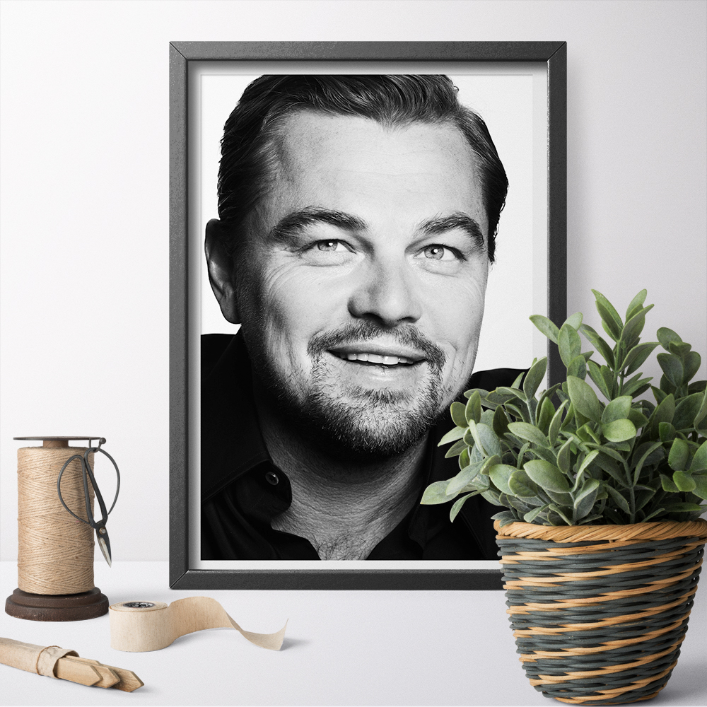 Black and White <font><b>Leonardo</b></font> <font><b>DiCaprio</b></font> Poster Wall Art Printing Canvas <font><b>Painting</b></font> Wall Decor Canvas Print Art Home Decoration image