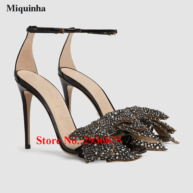 Flat Heel Rhinestone Butterfly Pattern Thong Sandals - BLACK Hot Sale Online Clearance Browse Store With Big Discount Free Shipping Latest Collections Cheap Price Wholesale 6FzuPaD4q