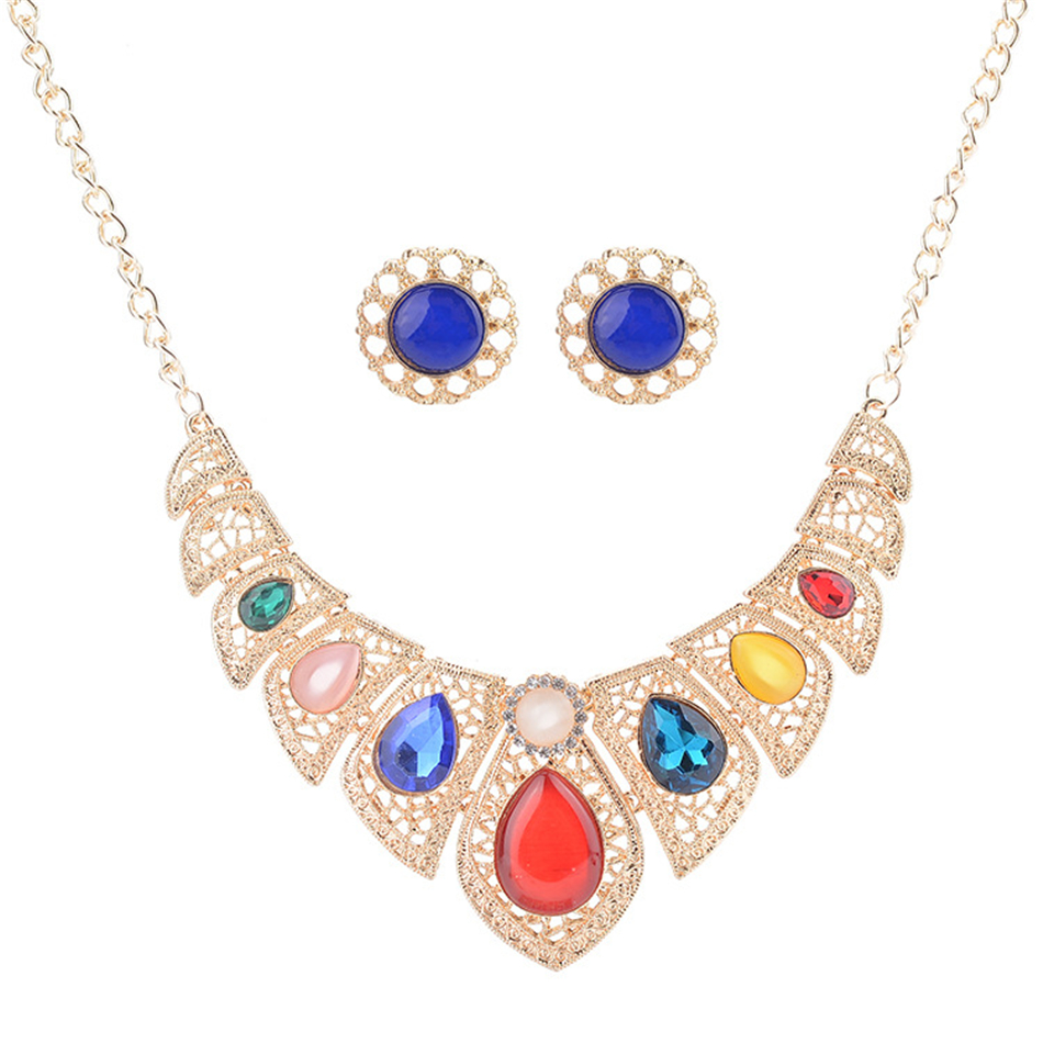 Christmas gifts Europe and the United States fashion exaggerated crystal necklace earrings set clavicle women necklace Christmas