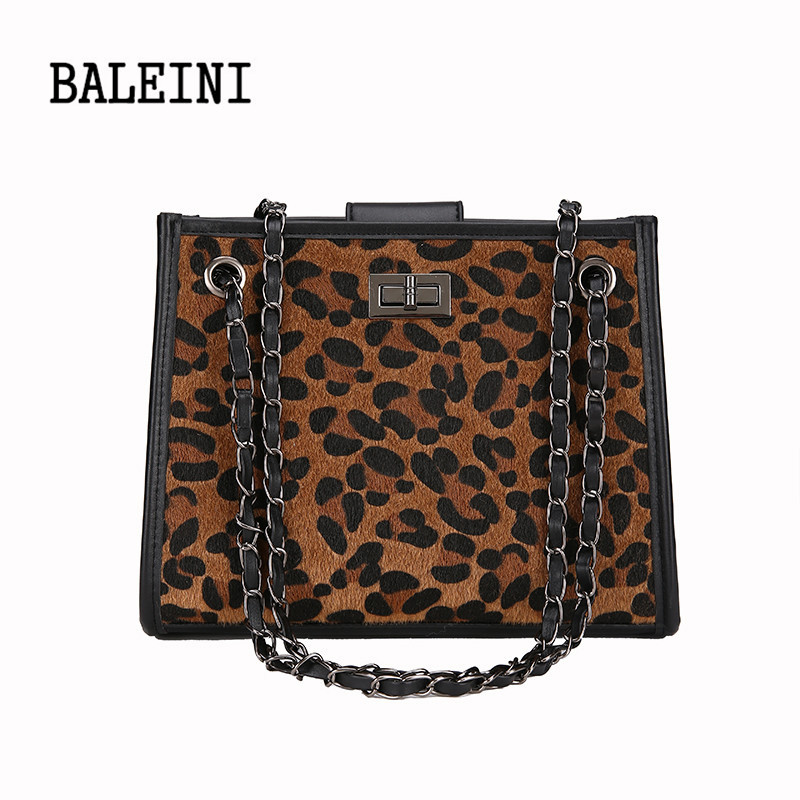 c76a09b68772 2018 Winter Faux Fur Handbag Women Shoulder Bags Large Capacity Casual Tote  Bag Fashion Leopard Handbag chain bag Bolsa Feminina-in Shoulder Bags from  ...