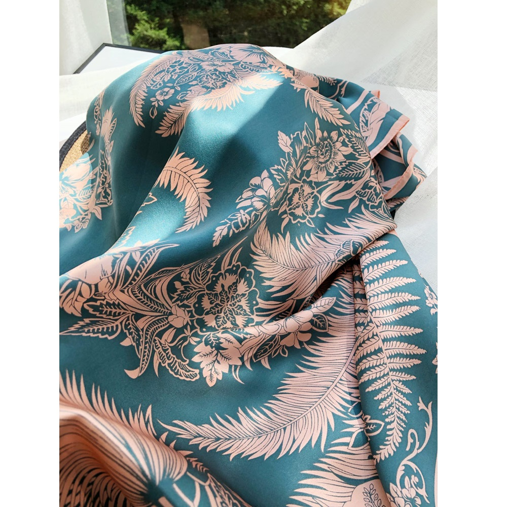 Fabulous Large Square 100% Silk   Scarf   Shawl   Wraps   for Women Luxury Silk   Scarves   Foulard 110cm