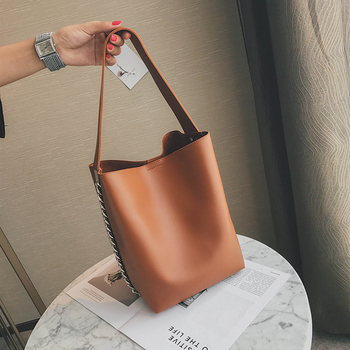 Bucket shoulder bag 1