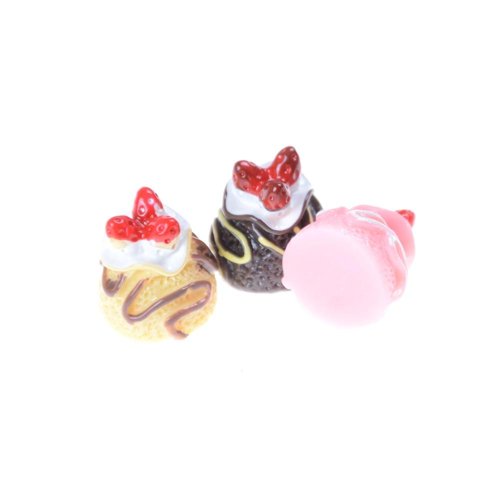 5pcs Dessert 3D Resin Cream Cakes Miniature food Dollhouse Accessories BS