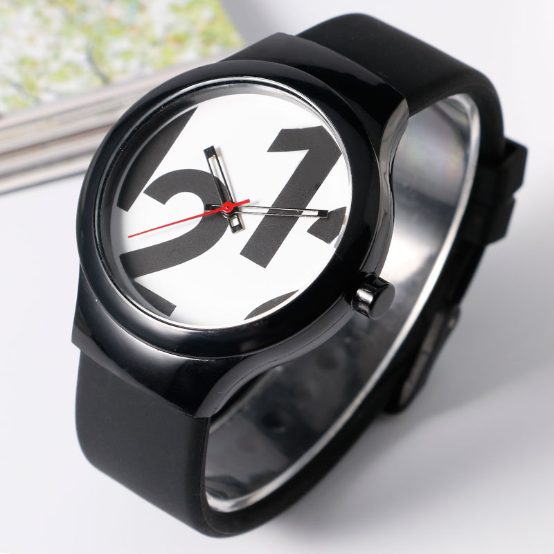 Hot Watches 3ATM Water Resistant Women Ourdoors Simple Clock Silicone Band Strap Quartz Wathces Black/White/Green Wrist 2016 hot sale green piece atm bezel fits anti skimmer skimming device atm parts fast delivery