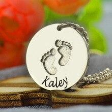 Nombre Collar de plata Bebé con Huellas de La Mano Estampada Bebé Primeros Pasos Nueva Mamá Regalo Nombre Collar Disco de Huellas de La Joyería