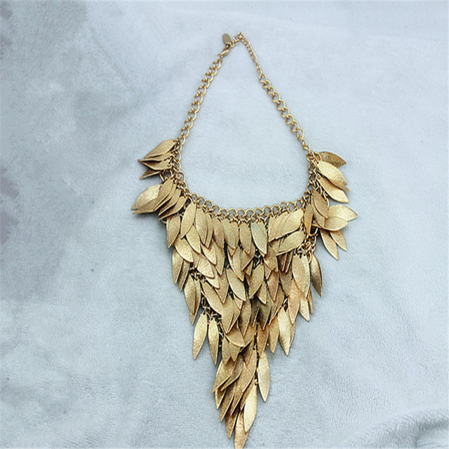 Fashion necklace 2015 New fashion and pure and fresh and contracted temperament of restoring ancient ways ms gold leaf necklace