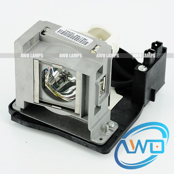 все цены на  VLT-XD2000LP Original bare lamp with housing for MITSUBISHI WD2000U/WD2000/XD1000U/XD2000/XD2000U;MD-7200LS/7500LS  Projector  онлайн