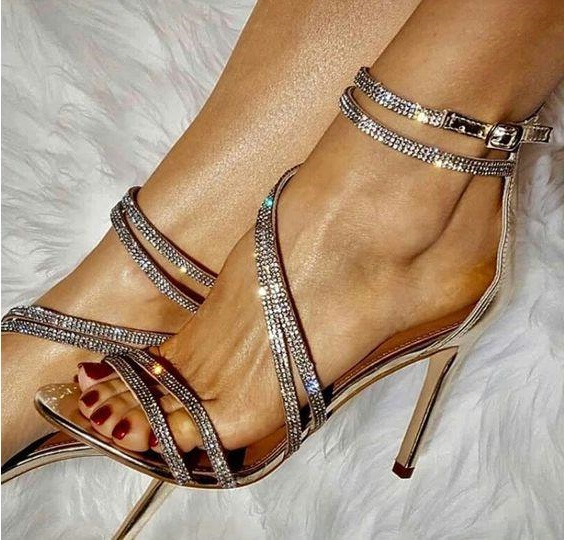 Drop Shipping Summer Hot Woman Brand Bling Bling Sliver Rose Gold Crystal Diamond Zip Back Thin Heels Plus Size Wedding Sandals