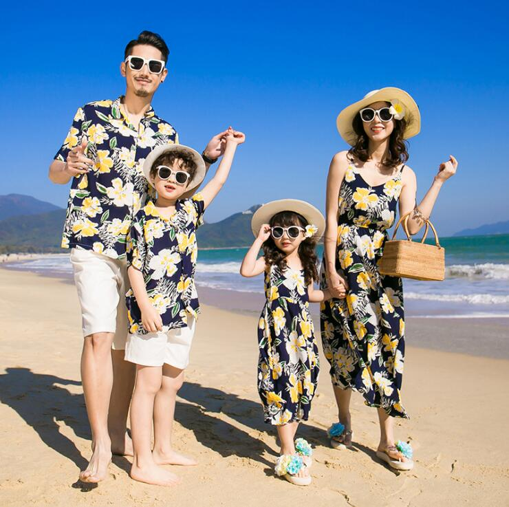95ea86d558 2019 Family Look Mother Daughter Dress Father Son Mommy and Me Clothes Beach  Family Matching Outfits Mom Baby Dresses Clothing - aliexpress.com -  imall.com