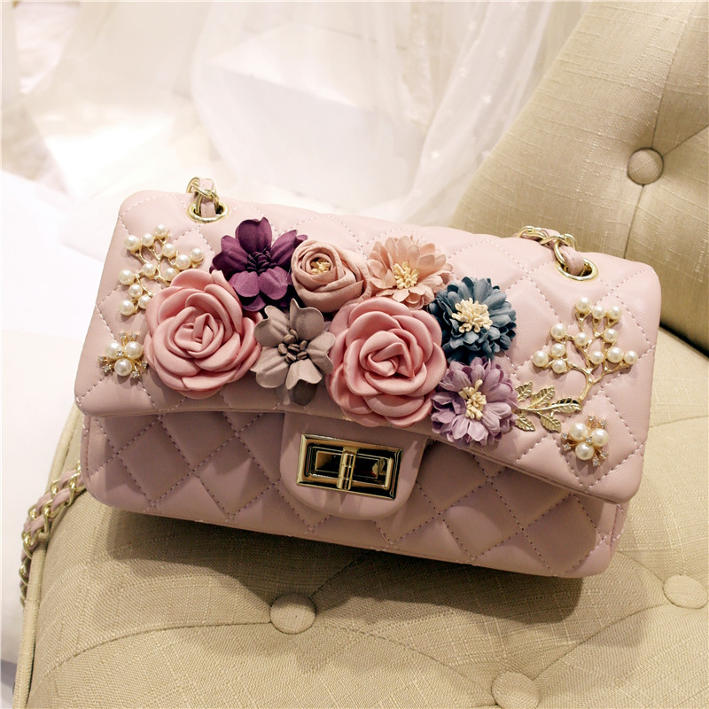 Spring new INS tide female Korean version of flowers inlaid diamond single shoulder oblique satchel chain bagSpring new INS tide female Korean version of flowers inlaid diamond single shoulder oblique satchel chain bag