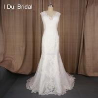 V Neck Lace Appliqued Customized Wedding Dress Luxury Vintage Lace Designer Style Bridal Dress Real Lace