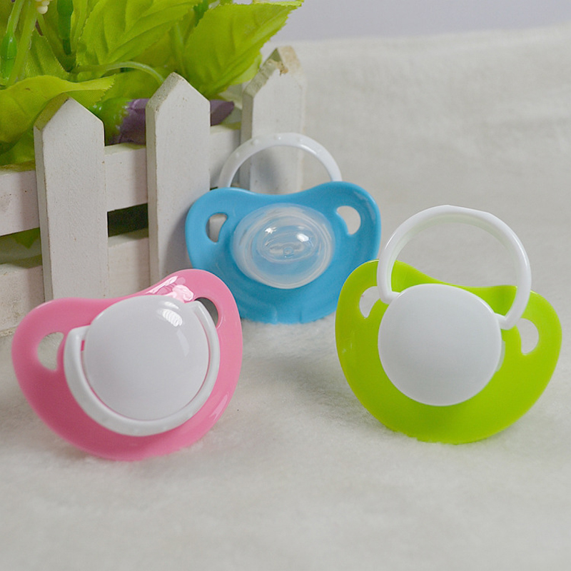 2pcs New Kids Care Baby Feeding Silicone Pacifier Flat Nipple Teether Soother Love Heart Shape with Handle & Anti Dust Cover Cap