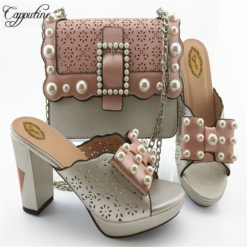 Capputine Latest African Fashion Woman Shoes And Bags Italian Rhinestone Middle Heels Shoes And Bag Set For Party On SaleCapputine Latest African Fashion Woman Shoes And Bags Italian Rhinestone Middle Heels Shoes And Bag Set For Party On Sale