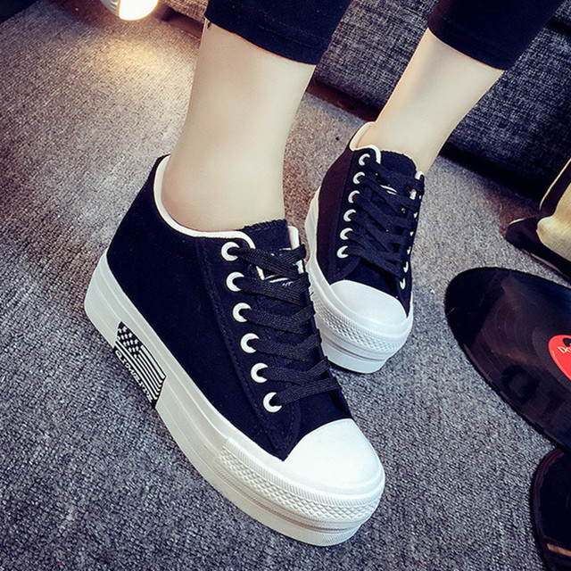 Горячая распродажа женская обувь толстым дном платформы non-slip женщины парусиновые туфли круглый носок сочетание цветов для женщин прямая поставка S95